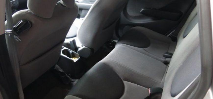 Honda Jazz 2005 - 11