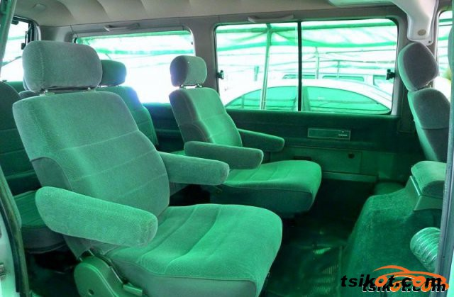 Nissan Vanette 1998 - 2