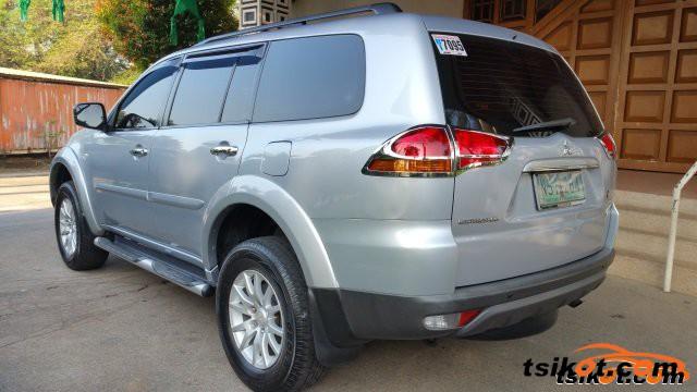 Mitsubishi Montero 2009 - 4