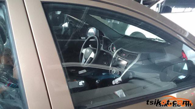 Hyundai Eon 2016 - 2