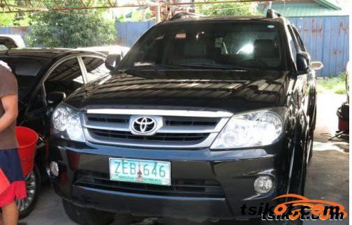 Toyota Fortuner 2006 - 1