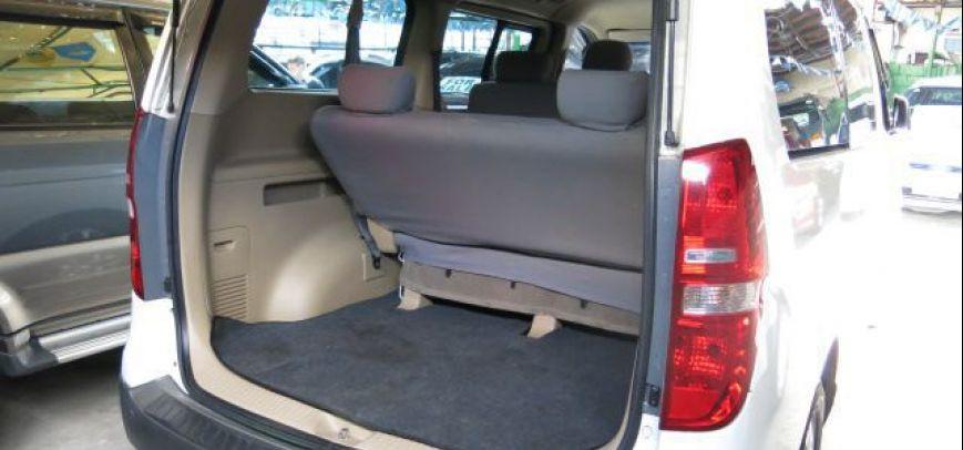 Hyundai Starex 2009 - 10