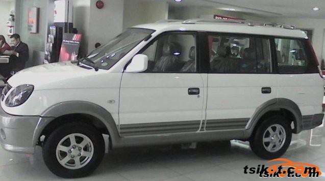 Mitsubishi Adventure 2016 - 6