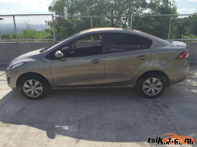 Mazda Mazda2 2014 - 2