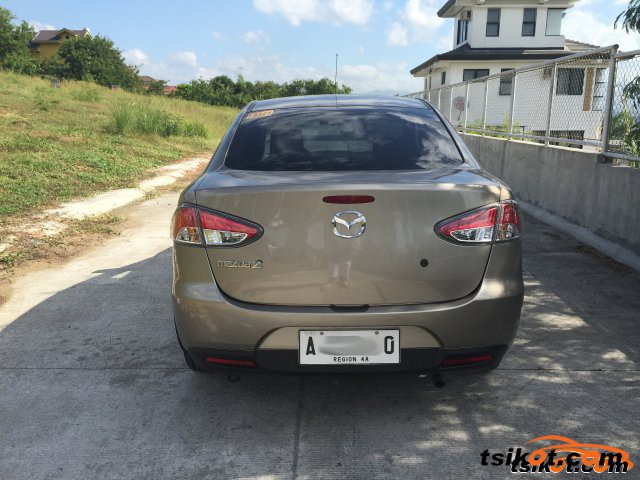 Mazda Mazda2 2014 - 3