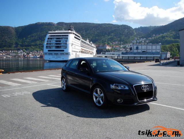 Audi Q7 2008 - 1