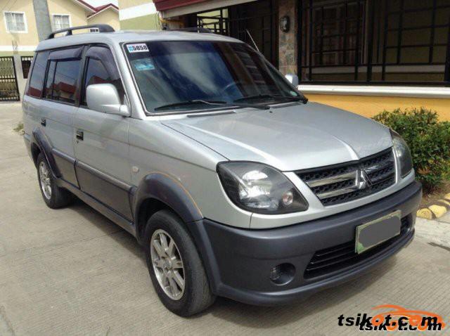 Mitsubishi Adventure 2011 - 4