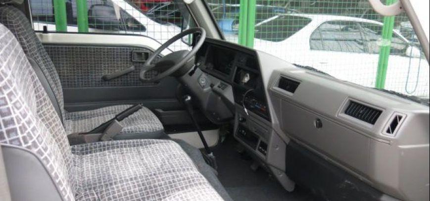 Nissan Escapade 2012 - 8