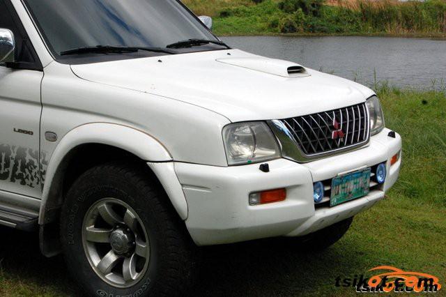 Mitsubishi Strada 2005 - 3