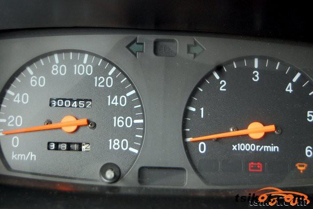 Mitsubishi Strada 2005 - 5