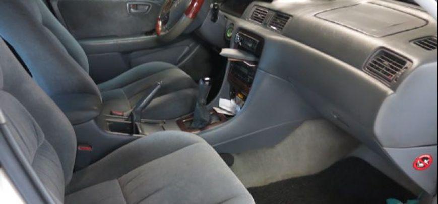 Toyota Camry 2001 - 10