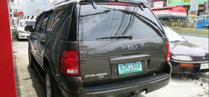 Ford Explorer 2005 - 2