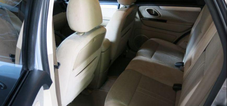 Ford Escape 2009 - 10