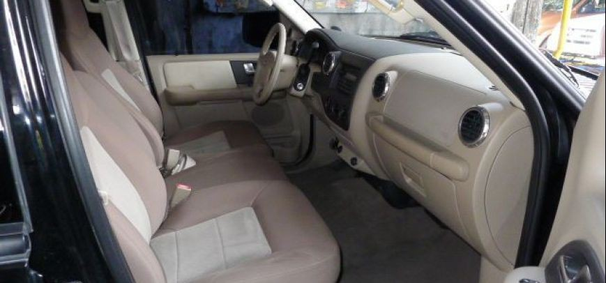Ford Expedition 2004 - 11
