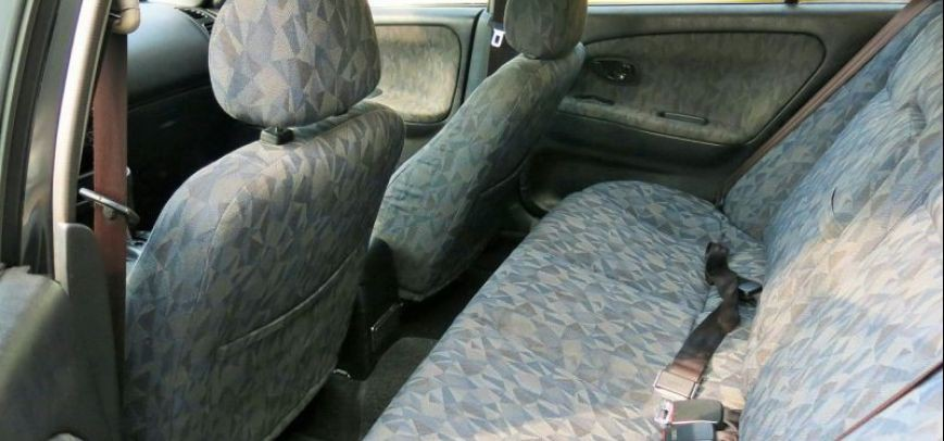 Mitsubishi Lancer 2001 - 11