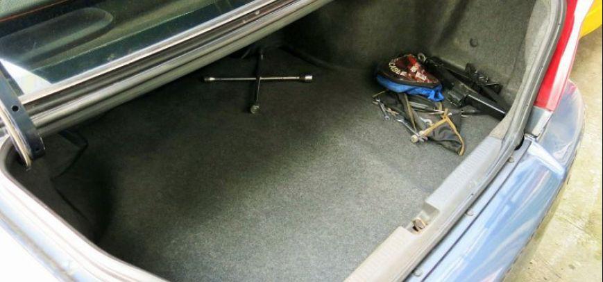 Mitsubishi Lancer 2001 - 12