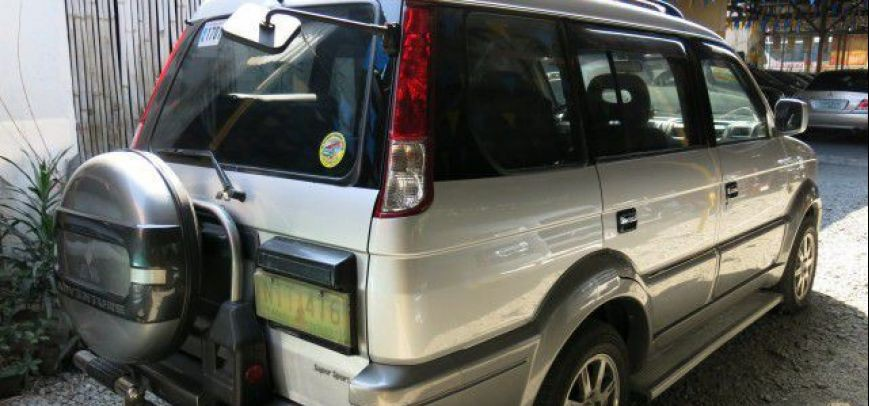 Mitsubishi Adventure 2010 - 2