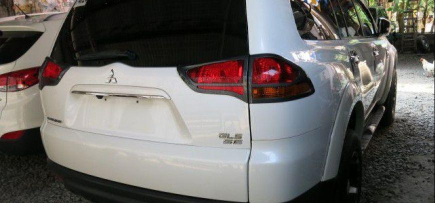 Mitsubishi Montero 2010 - 9