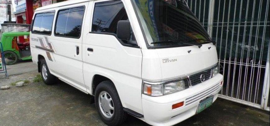 Nissan Urvan 2011 - 8