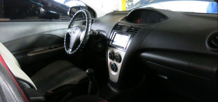 Toyota Vios 2007 - 13