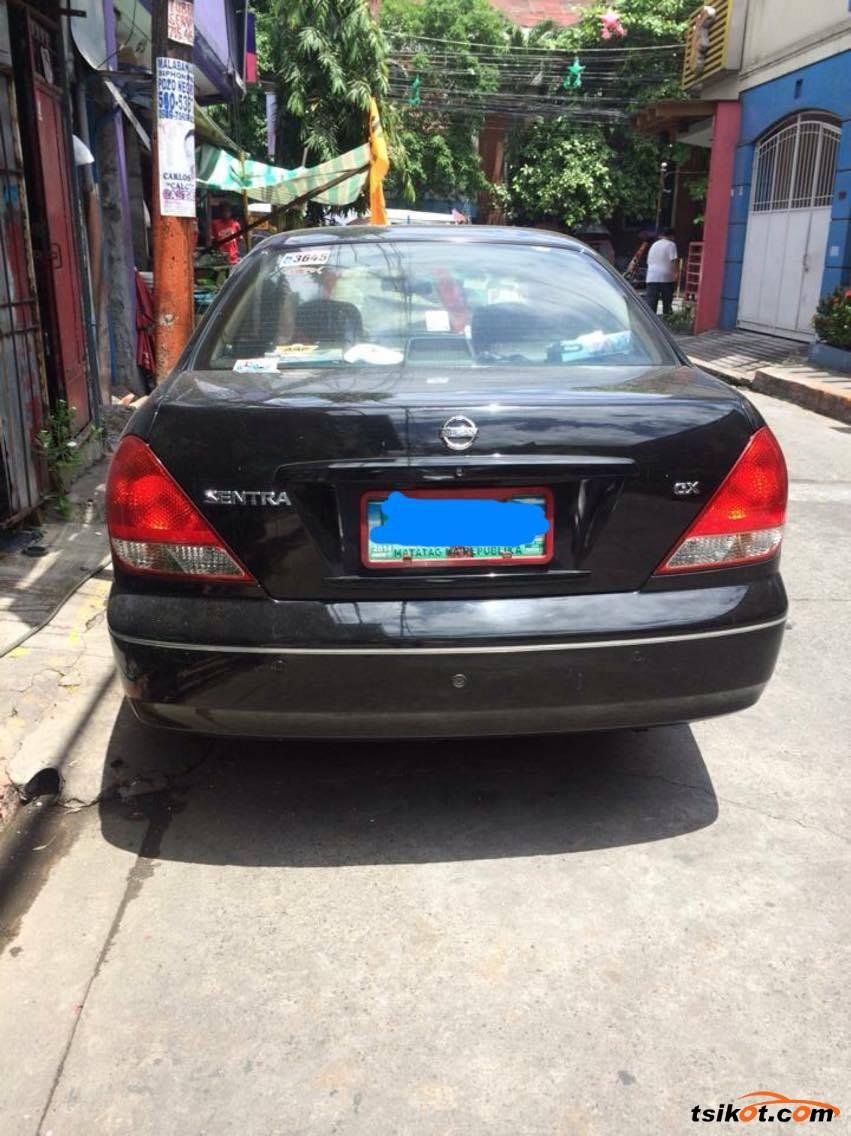 Nissan Sentra 2010 - 3