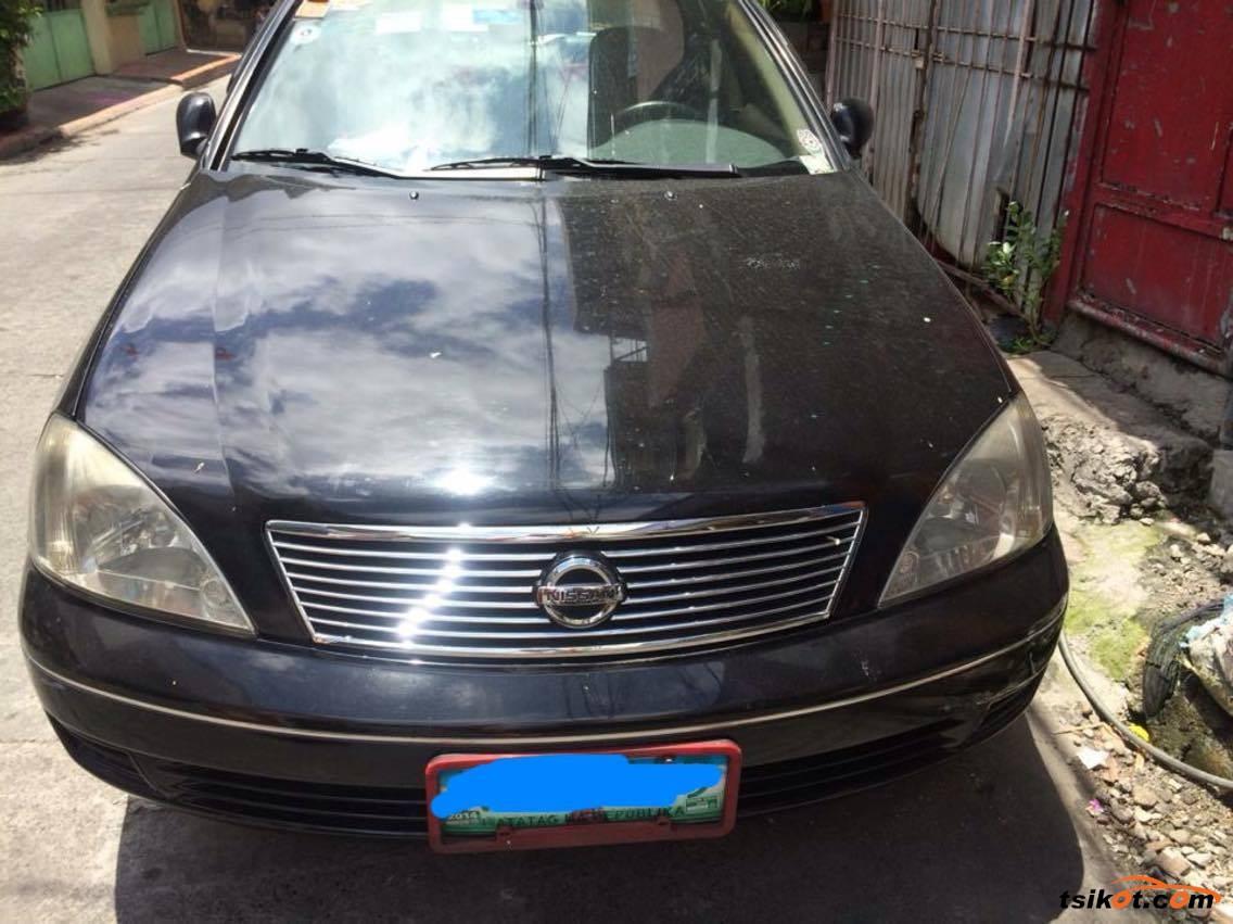 Nissan Sentra 2010 - 5