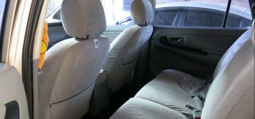 Toyota Innova 2008 - 12
