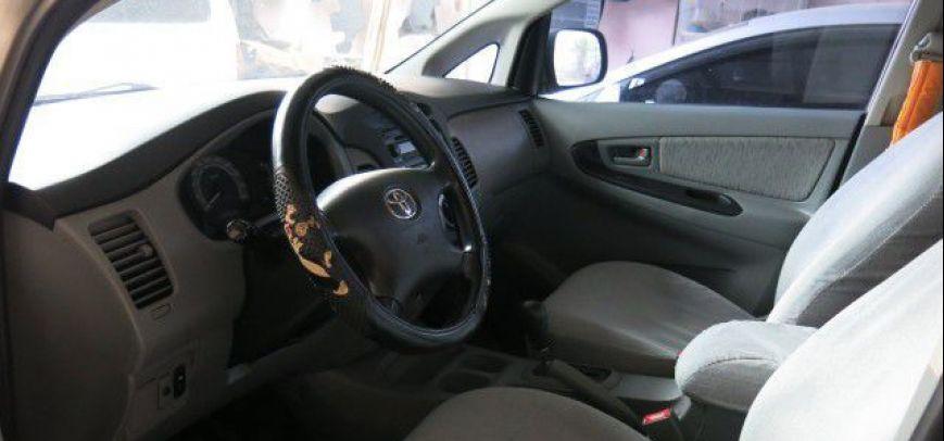 Toyota Innova 2008 - 3