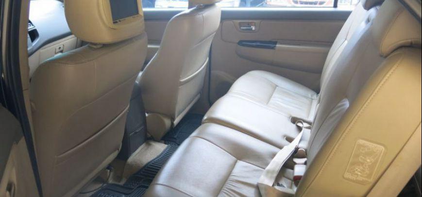 Toyota Fortuner 2012 - 13