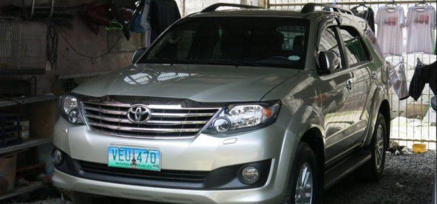 Toyota Fortuner 2012 - 1