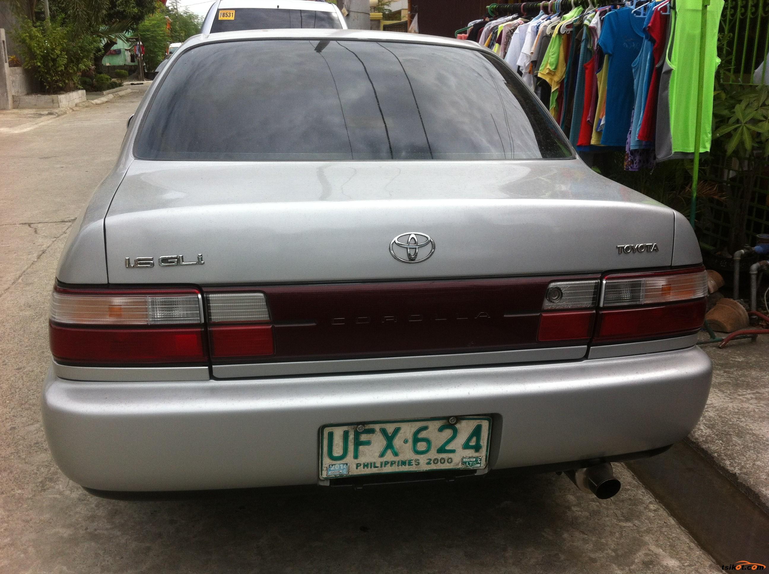 Toyota Corolla 1996 - 4