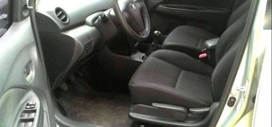 Toyota Vios 2010 - 12