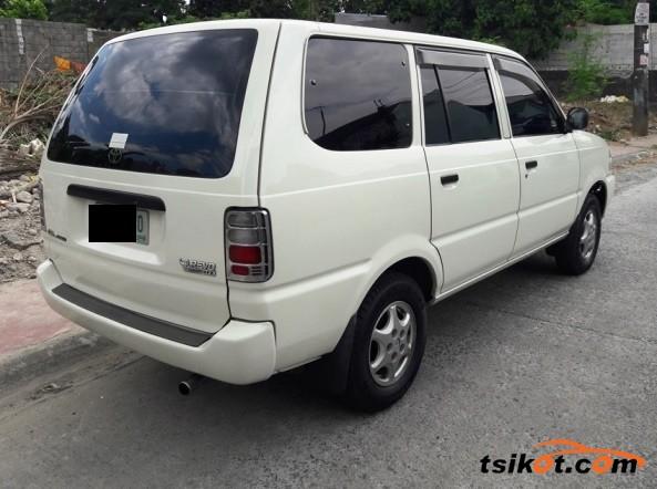 Toyota Venture 2002 - 4
