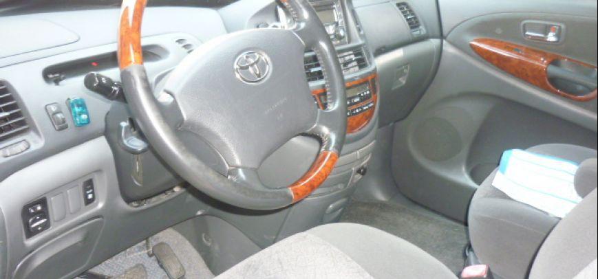 Toyota Previa 2006 - 4