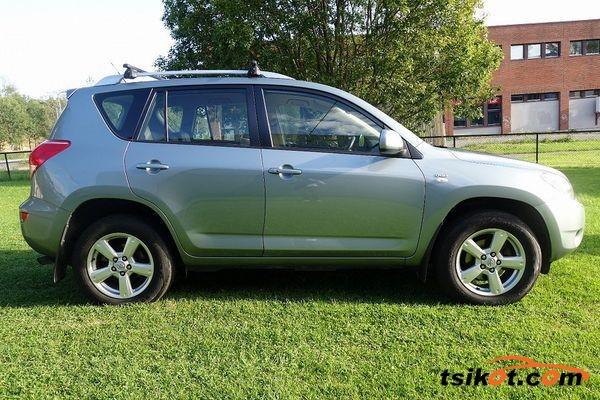 Toyota Rav4 2006 - 5