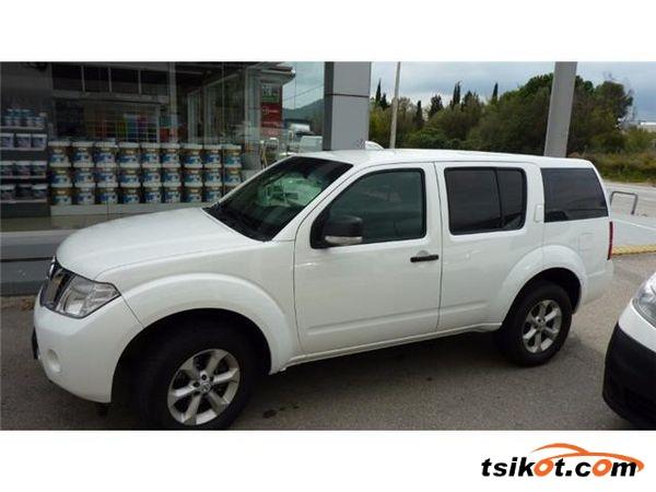 Nissan Pathfinder 2012 - 1