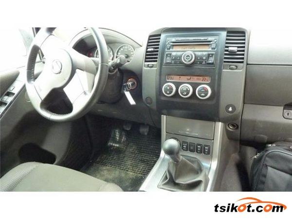 Nissan Pathfinder 2012 - 3