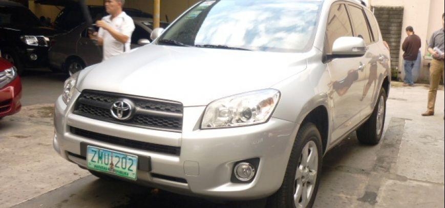 Toyota Rav4 2009 - 1
