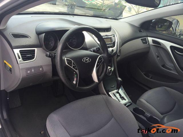 Hyundai Elantra 2014 - 6