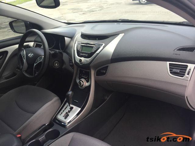 Hyundai Elantra 2014 - 9