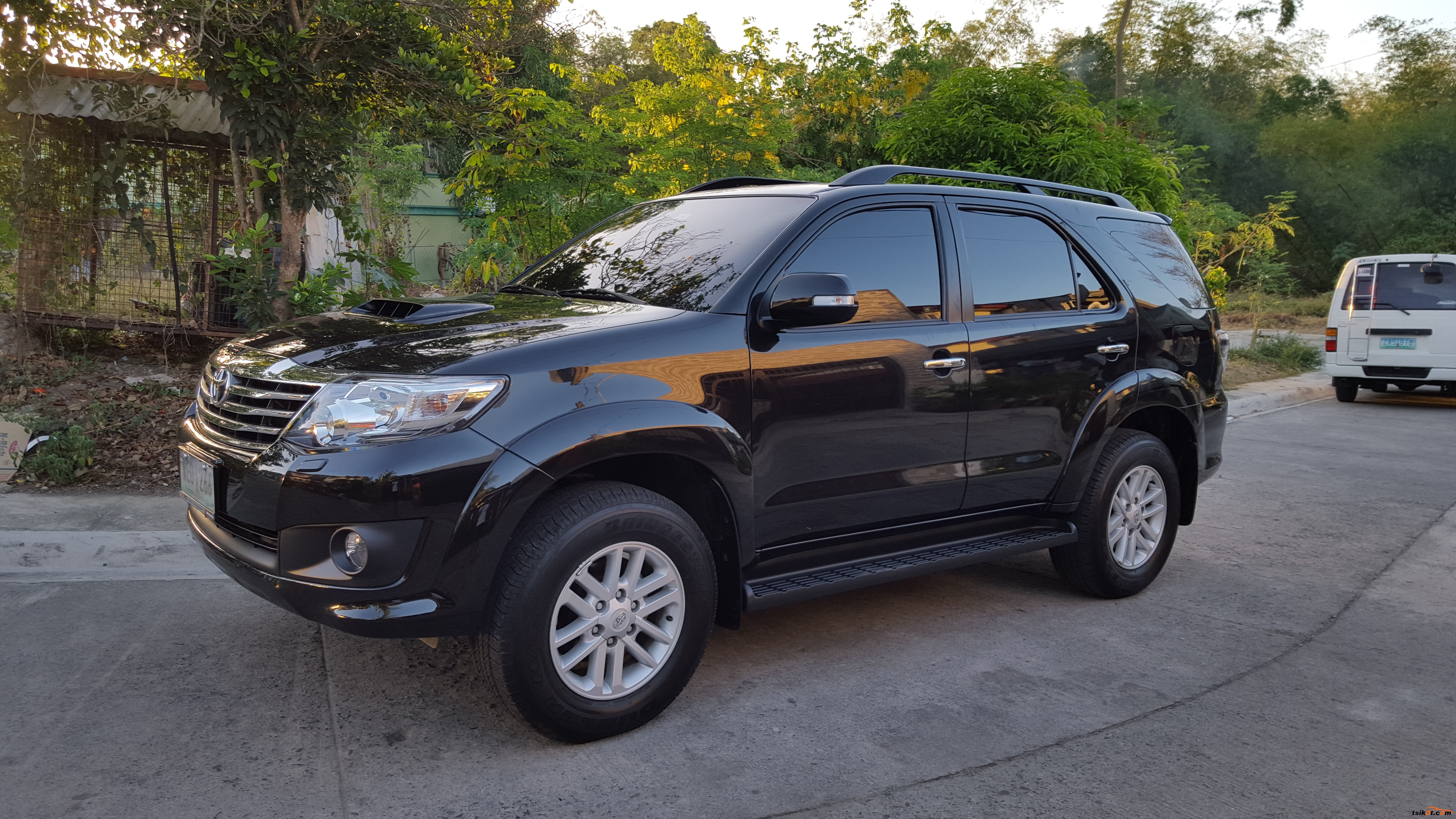 Toyota Fortuner 2013 Car For Sale Calabarzon
