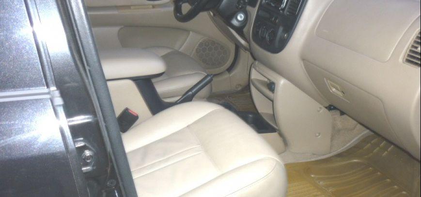 Ford Escape 2005 - 2