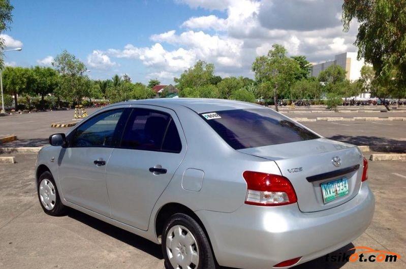 Toyota Vios 2010 - 4