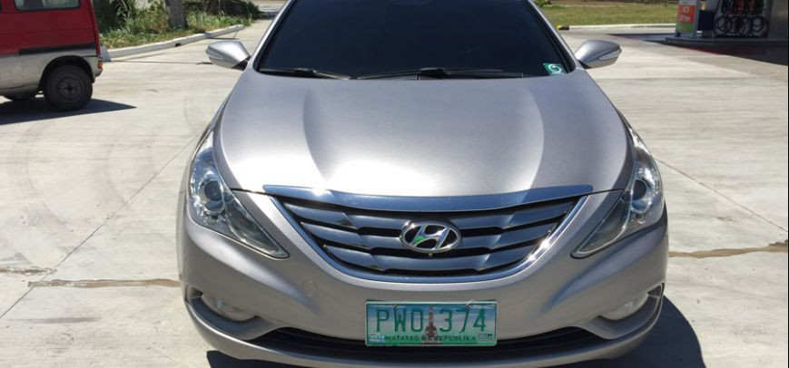 Hyundai Sonata 2010 - 12