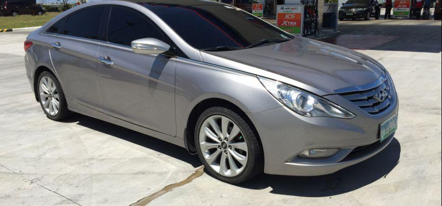 Hyundai Sonata 2010 - 3
