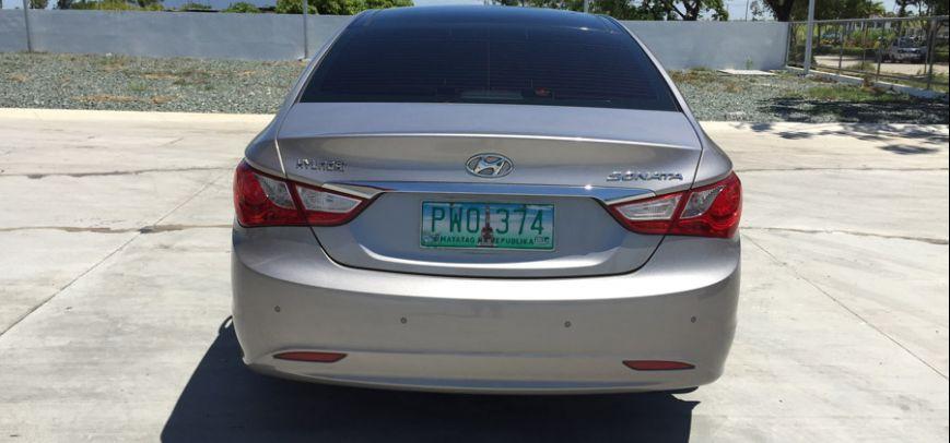 Hyundai Sonata 2010 - 16