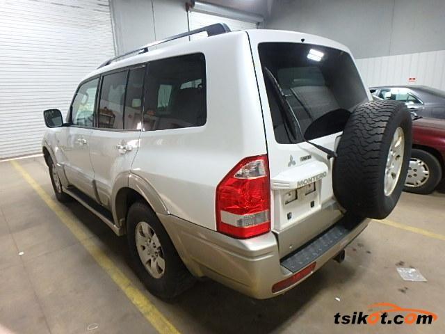 Mitsubishi Montero 2003 - 2