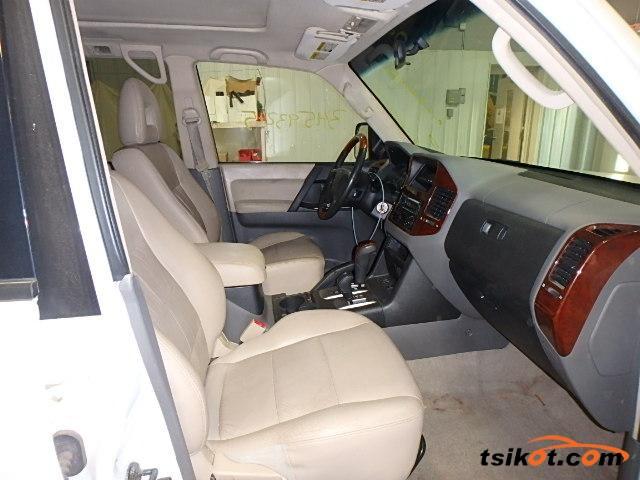 Mitsubishi Montero 2003 - 5