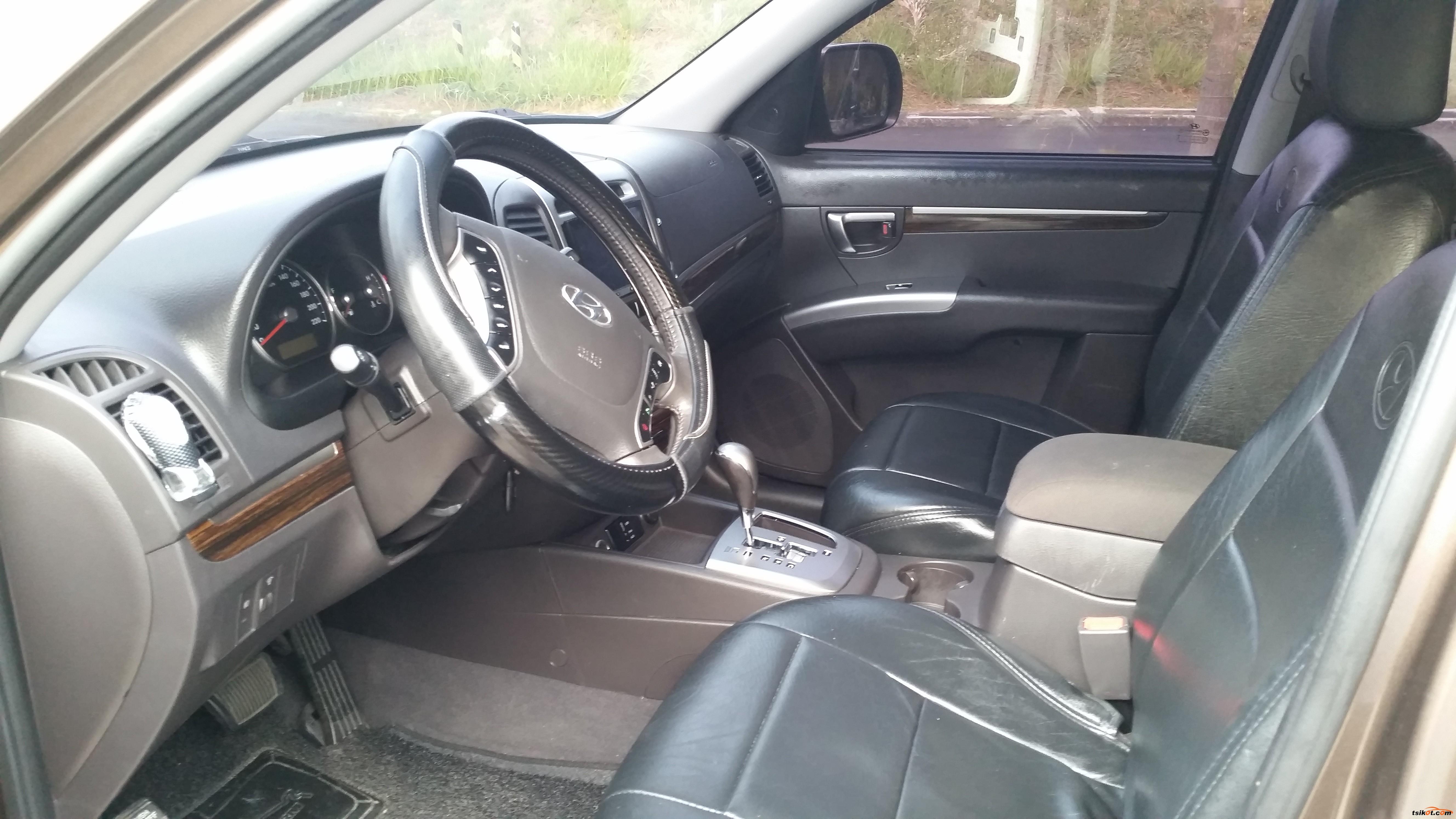 Hyundai Santa Fe 2012 - 4