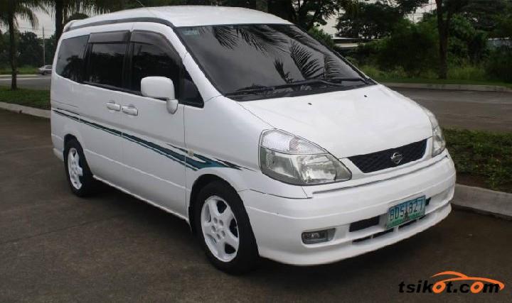 Nissan Serena 2009 - 1